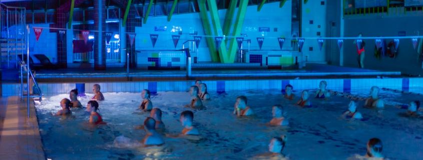 Wieczorno/nocne pływanie przy muzyce